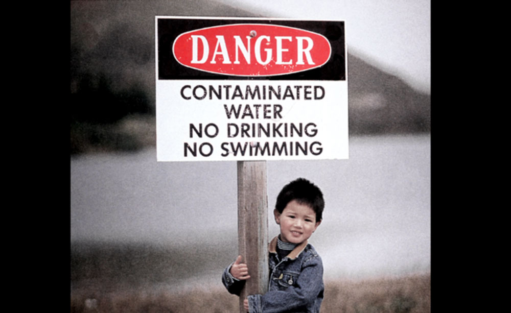kid-with-sign